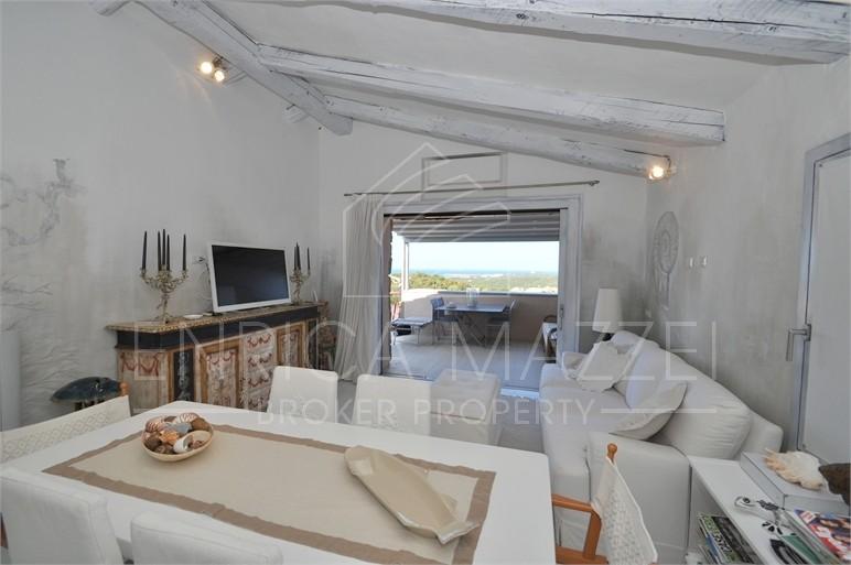 Costa Smeralda Liscia di Vacca vendita | attico con fantastica vista mare