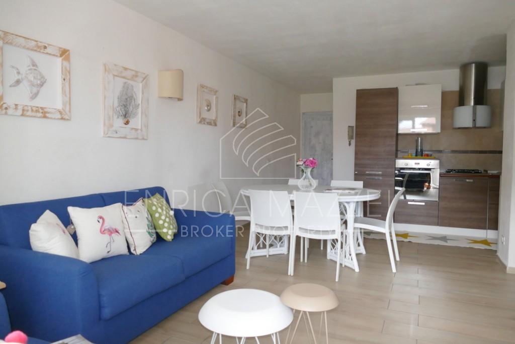 Porto Rotondo vendita | ampio appartamento a brevissima distanza dal centro e dal mare