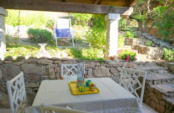 Porto Rotondo vendita   deliziosa villetta con giardino